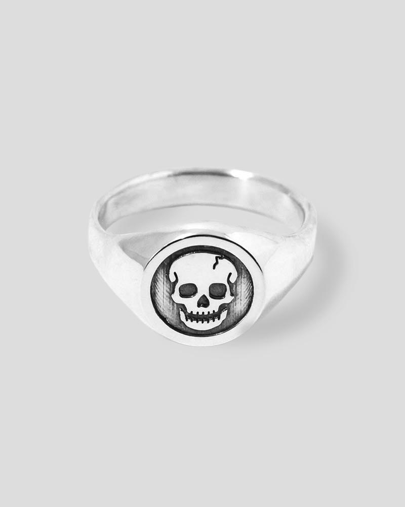 Skull Signet Ring in Sterling Silver