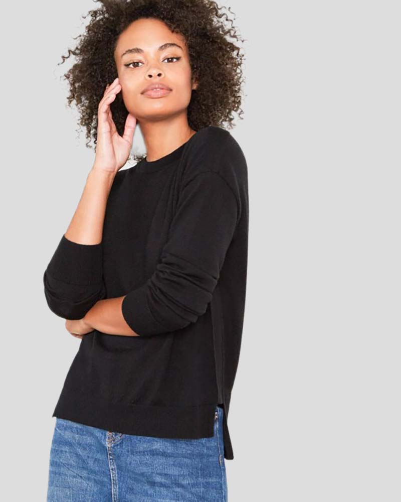 Stella Crew Neck Relaxed-Fit Merino Wool Sweater in Black