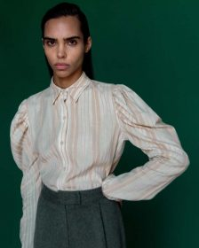 Meera Shirt in Off-White with Beige Stripes